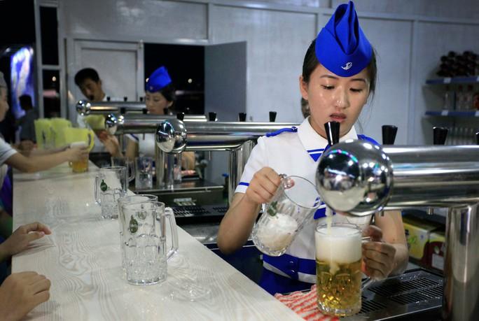 """Triều Tiên công bố bia """"độc quyền"""" - Ảnh 1."""