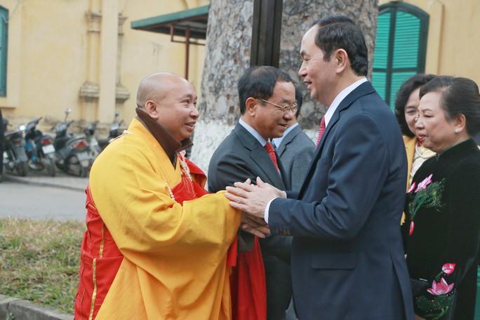 Chủ tịch nước dâng hương tại Điện Kính Thiên - Ảnh 2.