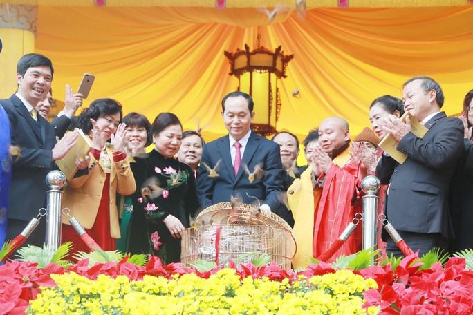 Chủ tịch nước dâng hương tại Điện Kính Thiên - Ảnh 5.