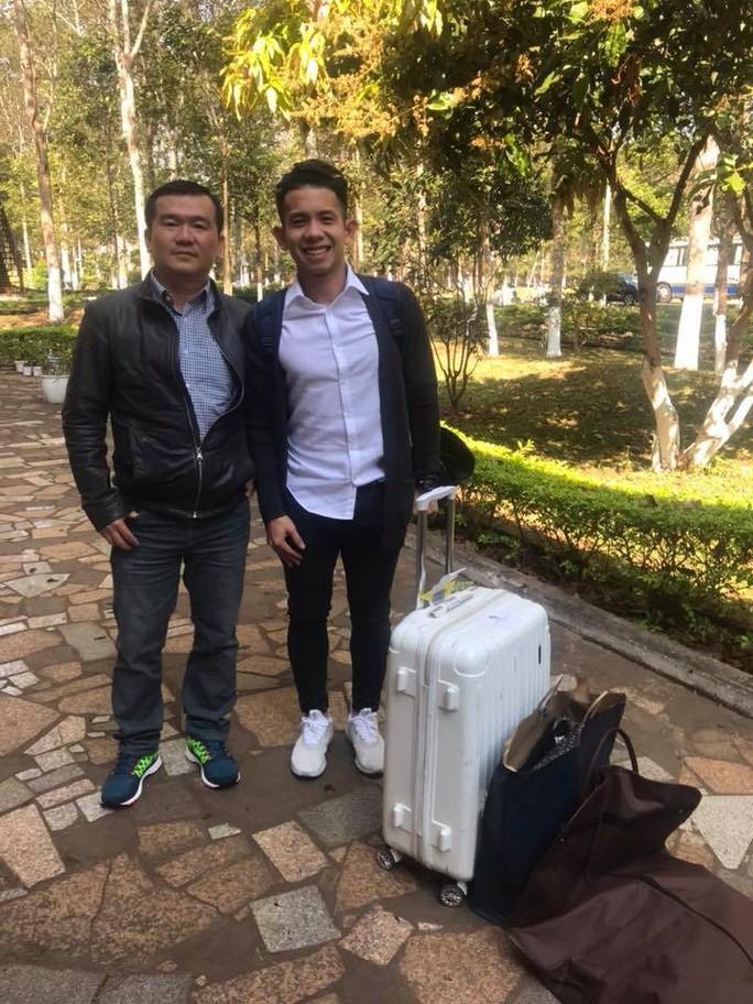 Chùm ảnh công thần U23 Việt Nam lặng lẽ về hội quân HAGL - Ảnh 4.