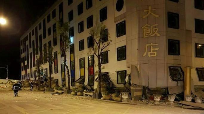 Động đất kinh hoàng ở Đài Loan, hơn 200 người thương vong - Ảnh 2.
