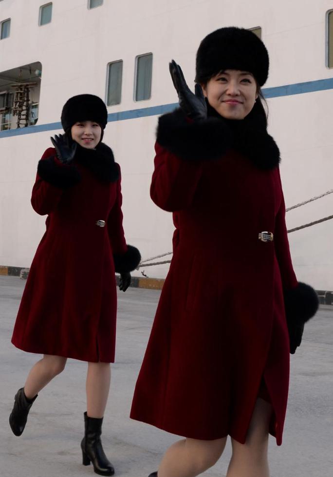 Mỹ nữ Triều Tiên đổ bộ Hàn Quốc - Ảnh 8.