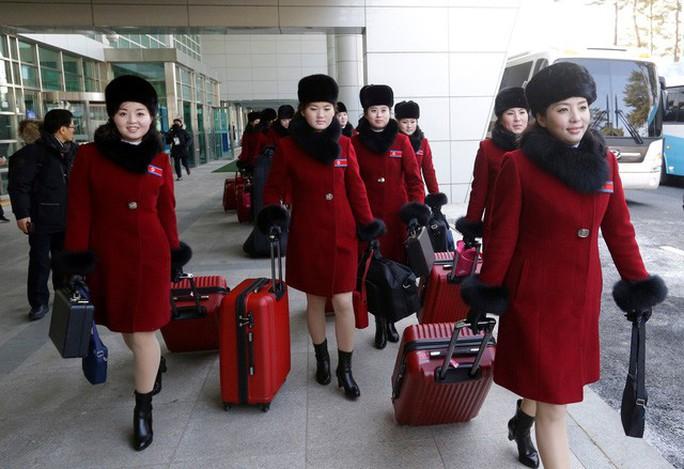 Mỹ nữ Triều Tiên đổ bộ Hàn Quốc - Ảnh 3.