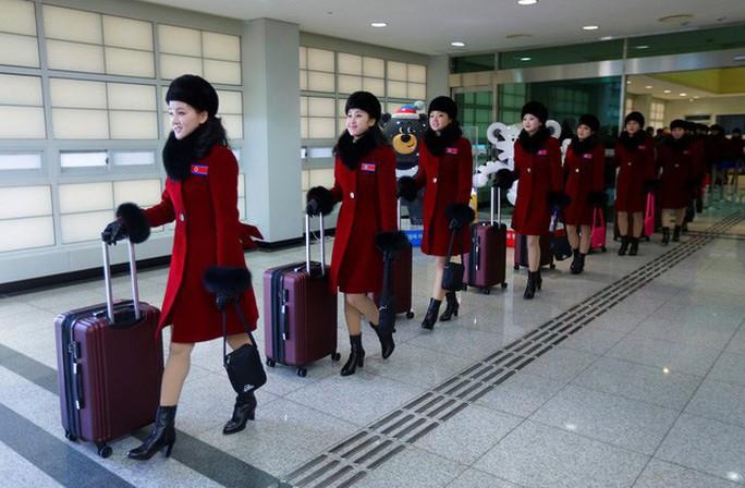 Mỹ nữ Triều Tiên đổ bộ Hàn Quốc - Ảnh 2.