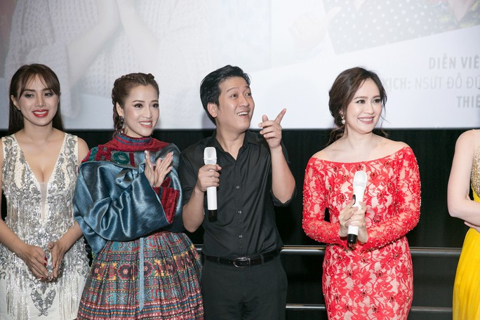 Trường Giang im ắng xuất hiện sau màn cầu hôn gây bão - Ảnh 3.