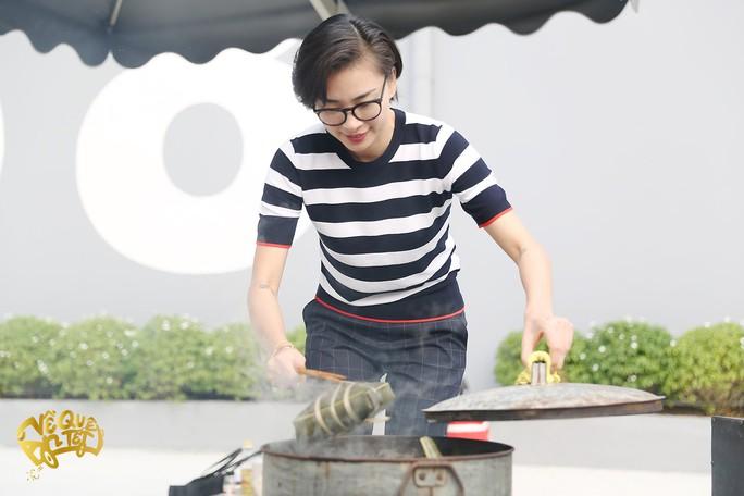 Ngô Thanh Vân, Jun Phạm nấu bánh chưng tặng người nghèo - Ảnh 7.