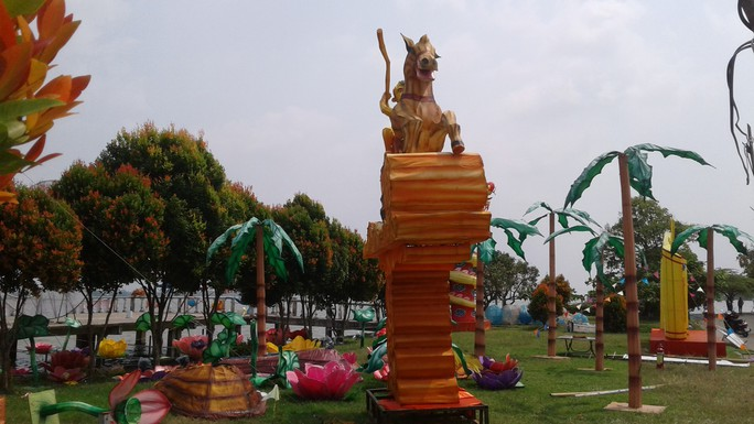 Tết này, người Cần Thơ đã mắt với lễ hội đèn lồng khổng lồ - Ảnh 10.