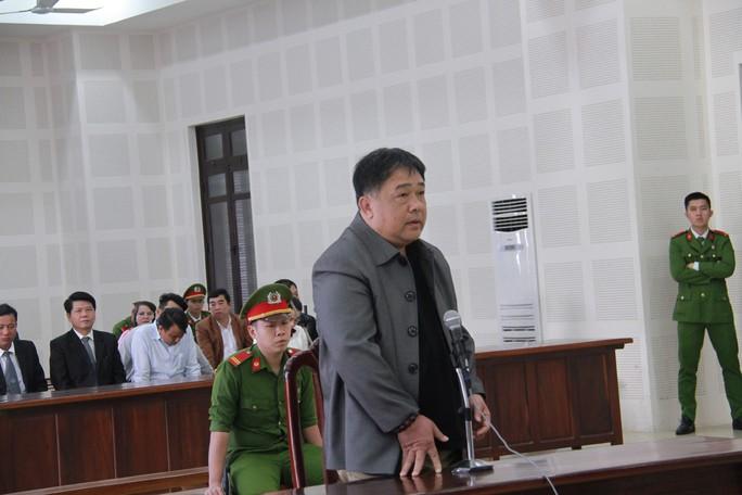 Người dọa giết Chủ tịch Huỳnh Đức Thơ lĩnh 18 tháng tù giam - Ảnh 1.