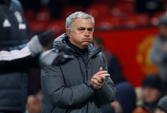 HLV Mourinho kêu gọi M.U giữ De Gea thêm 10 năm - Ảnh 2.