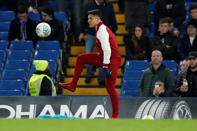 M.U khó đoạt Sanchez vì Mourinho - Ảnh 1.