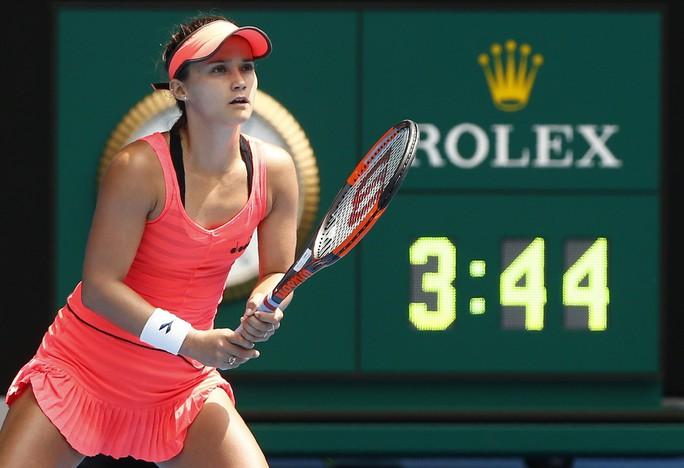 Sharapova bị loại, Halep thoát hiểm sau gần 4 giờ - Ảnh 3.