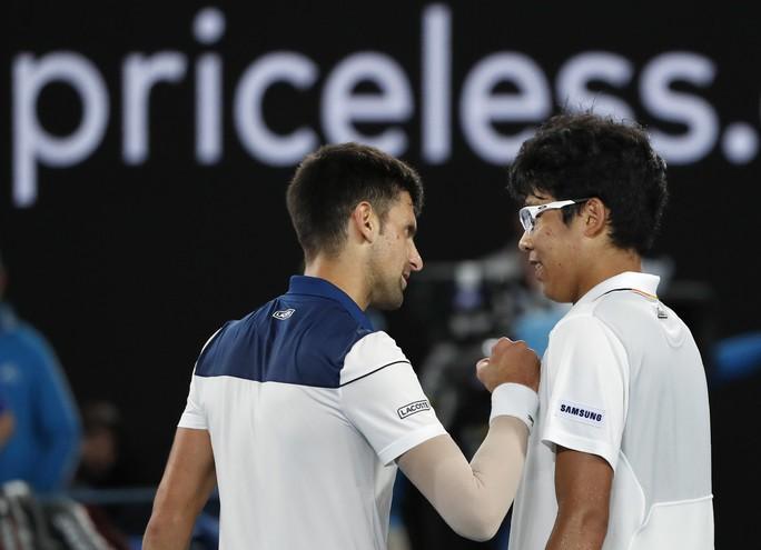 Djokovic thua 3 ván trắng trước tài năng trẻ Hàn Quốc - Ảnh 2.