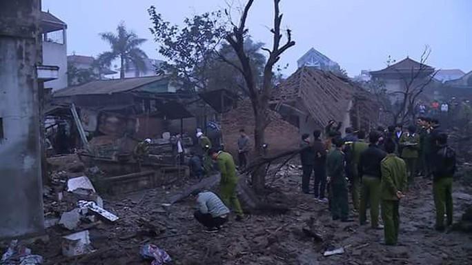 Bắc Ninh: Nổ lớn vùi lấp 5 ngôi nhà, 9 người thương vong - Ảnh 8.