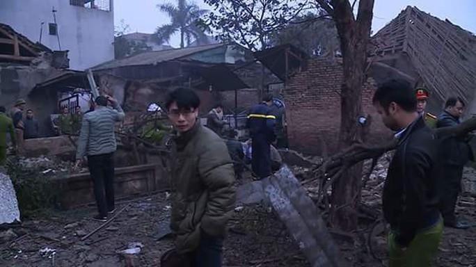 Bắc Ninh: Nổ lớn vùi lấp 5 ngôi nhà, 9 người thương vong - Ảnh 10.