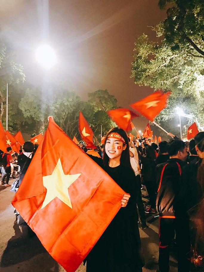 Người đẹp Việt thả thính thủ môn Tiến Dũng - Ảnh 3.