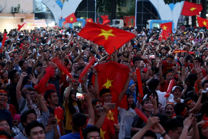 Muôn vạn cảm xúc trước chiến thắng của U23 Việt Nam - Ảnh 6.