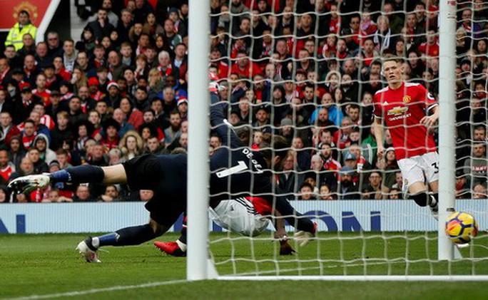 M.U - Liverpool 2-1: Klopp chê trọng tài, Mourinho đá xéo bình luận viên - Ảnh 4.