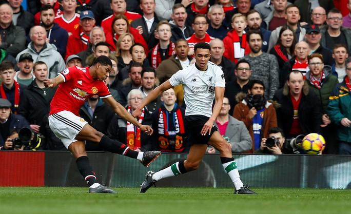 Rashford tỏa sáng, Mourinho hạ đẹp Klopp - Ảnh 1.