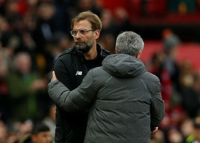 M.U - Liverpool 2-1: Klopp chê trọng tài, Mourinho đá xéo bình luận viên - Ảnh 5.