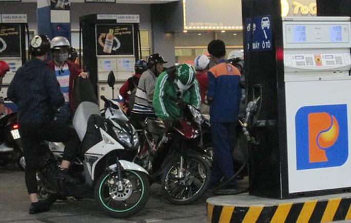 Saigon Petro kiến nghị bán lại xăng A92 - Ảnh 1.