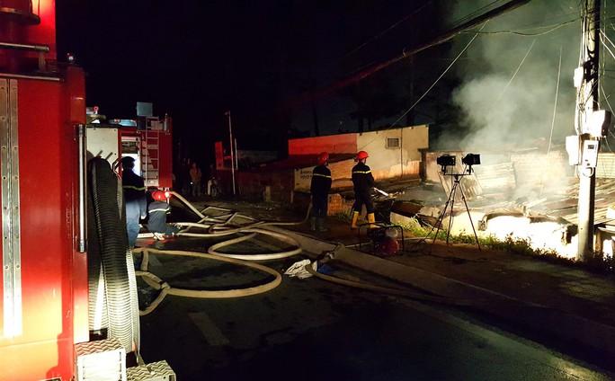 Cháy lớn ở Đà Lạt, 5 người tử vong - Ảnh 2.
