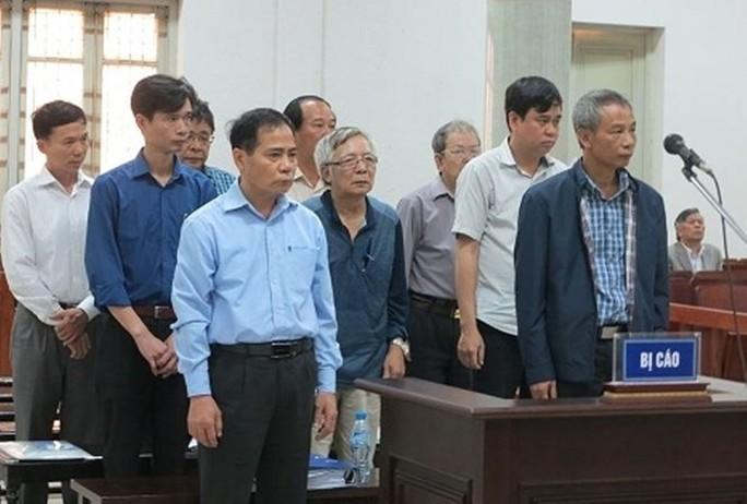Vụ 18 lần vỡ đường ống nước sông Đà: Các bị cáo nhận án thấp hơn đề nghị của VKS - Ảnh 2.