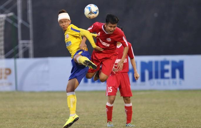 HLV Bùi Văn Đông: U19 Đồng Tháp xứng đáng vào chung kết bằng ý chí và nghị lực - Ảnh 1.