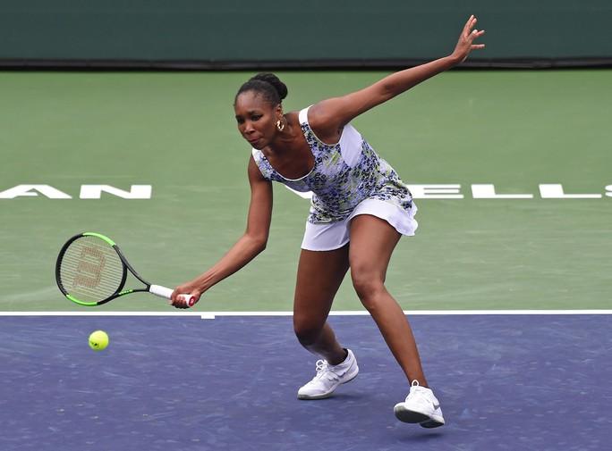 Simona Halep và Venus Williams thẳng tiến vào tứ kết - Ảnh 2.