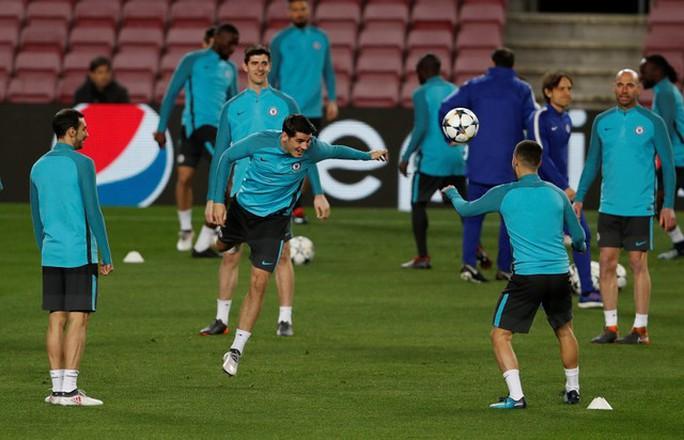 Conte: Chelsea phải chịu đựng để đánh bại Barcelona - Ảnh 3.