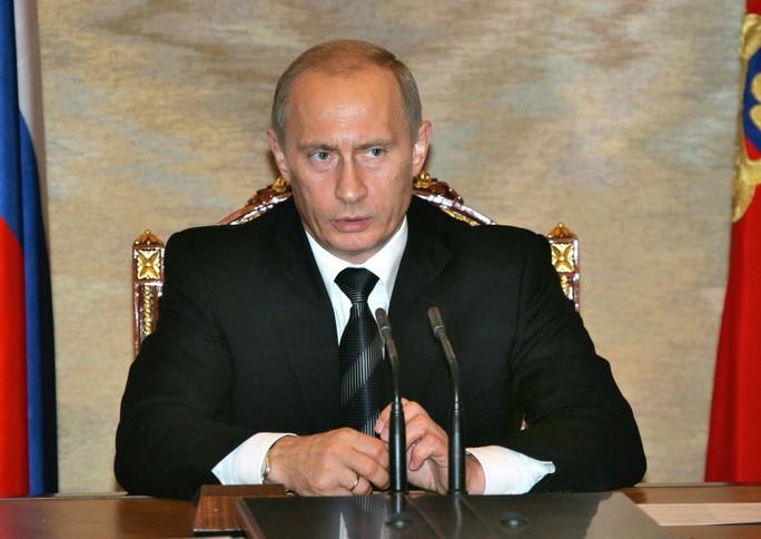 Nhìn lại Tổng thống Putin sau gần 2 thập kỷ nắm quyền - Ảnh 9.