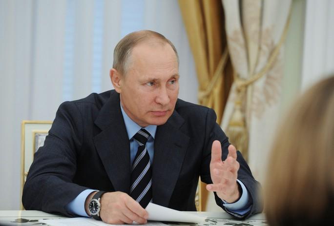 Nhìn lại Tổng thống Putin sau gần 2 thập kỷ nắm quyền - Ảnh 19.