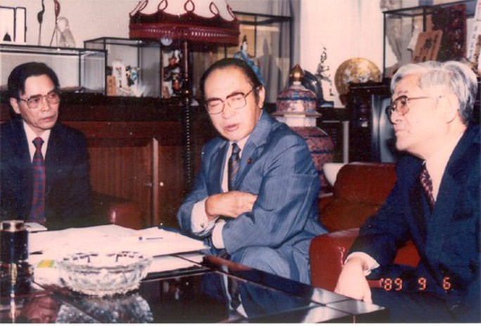 Nguyên Thủ tướng Phan Văn Khải: Anh em lái xe, phục vụ vất vả lắm - Ảnh 1.