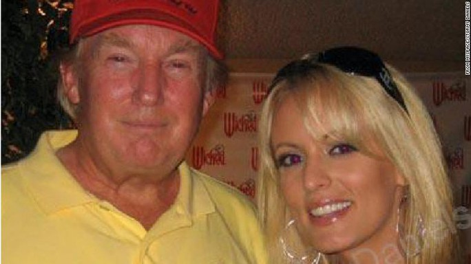 Sao phim người lớn bị kiện vì hé lộ quan hệ với ông Trump - Ảnh 2.