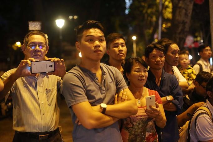 Linh cữu cố Thủ tướng Phan Văn Khải đã về Hội trường Thống Nhất - Ảnh 8.