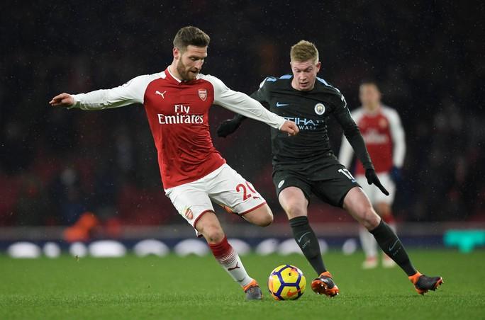 Man City tiếp tục thắng đậm Arsenal - Ảnh 1.