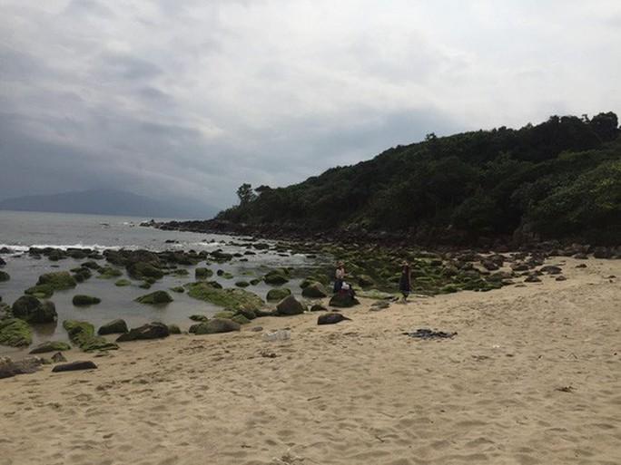 Đà Nẵng: Dự án du lịch bít lối xuống biển, dân kéo đến phản đối - Ảnh 3.