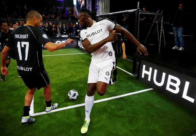 Mourinho dẫn dắt Usaint Bolt đối đầu đội bóng của Maradona - Ảnh 6.