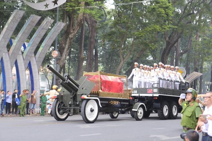 Cố Thủ tướng Phan Văn Khải đang trên đường về đất mẹ - Ảnh 32.