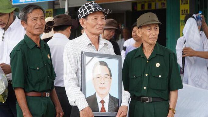 Cố Thủ tướng Phan Văn Khải đang trên đường về đất mẹ - Ảnh 3.