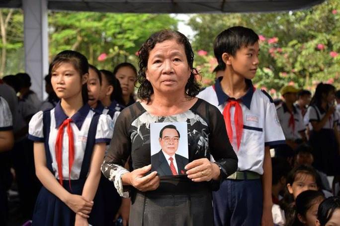 Cố Thủ tướng Phan Văn Khải đang trên đường về đất mẹ - Ảnh 7.