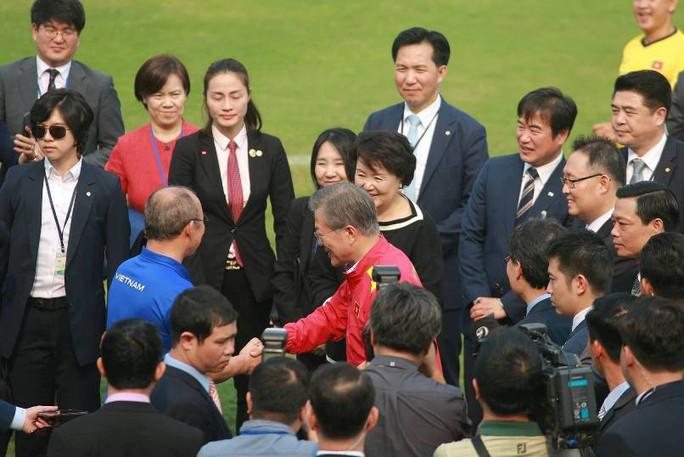 Tổng thống Hàn Quốc: Nếu không có bão tuyết, chắc chắn U23 Việt Nam đã vô địch - Ảnh 4.