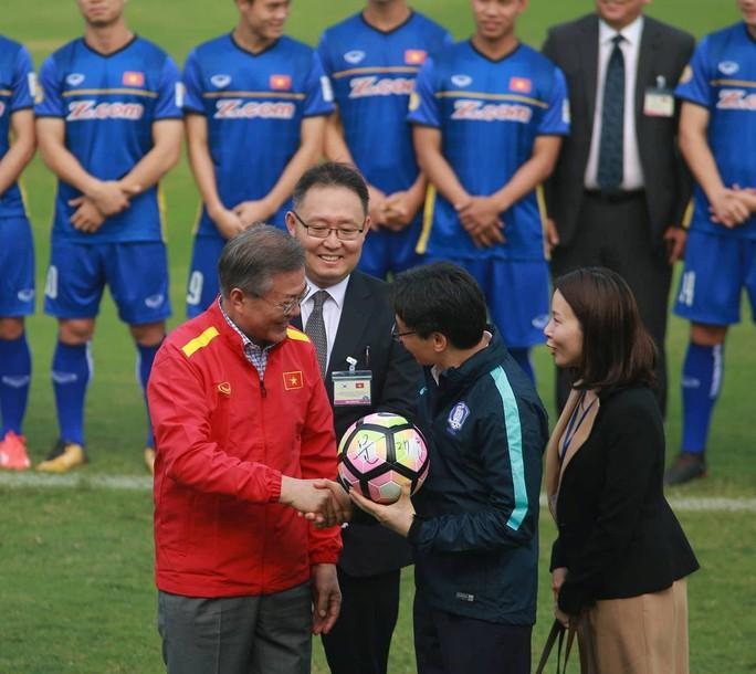 Tổng thống Hàn Quốc: Nếu không có bão tuyết, chắc chắn U23 Việt Nam đã vô địch - Ảnh 8.