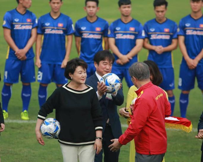 Tổng thống Hàn Quốc: Nếu không có bão tuyết, chắc chắn U23 Việt Nam đã vô địch - Ảnh 11.