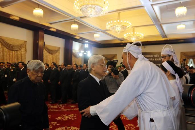 Cố Thủ tướng Phan Văn Khải đang trên đường về đất mẹ - Ảnh 17.