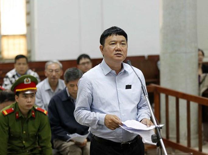 Xét xử ông Đinh La Thăng: PVN góp vốn vào OceanBank không vụ lợi? - Ảnh 1.