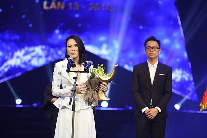 Mỹ Tâm giành cú đúp giải Âm nhạc cống hiến - Ảnh 1.