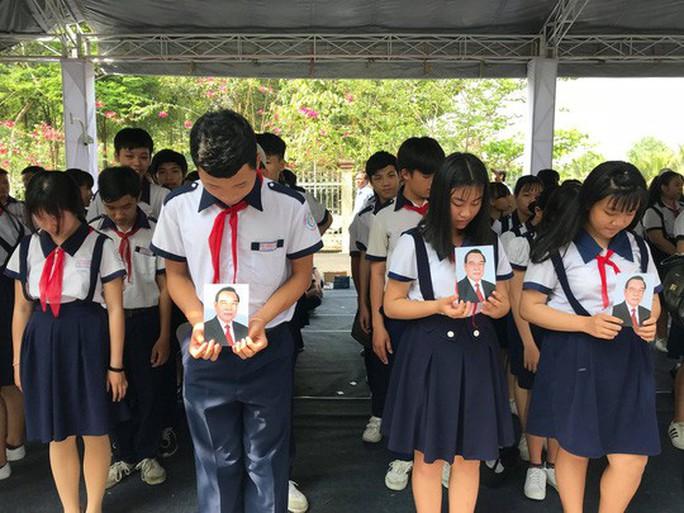 Cố Thủ tướng Phan Văn Khải đang trên đường về đất mẹ - Ảnh 15.