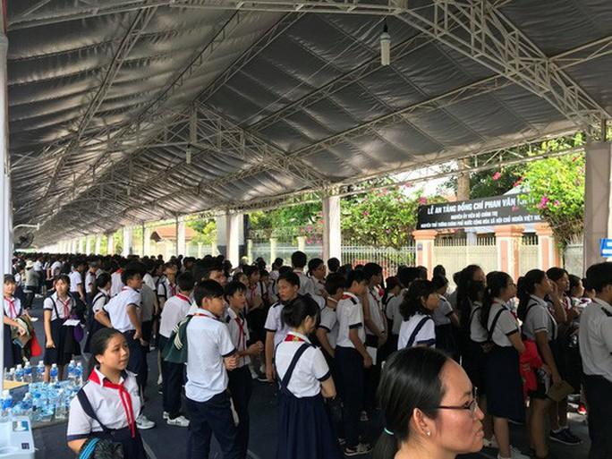 Cố Thủ tướng Phan Văn Khải đang trên đường về đất mẹ - Ảnh 16.