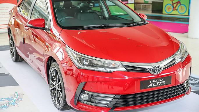 Toyota triệu hồi 24.000 ô tô tại Việt Nam do lỗi túi khí - Ảnh 1.