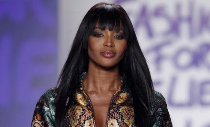 Báo đen Naomi Campbell là biểu tượng thời trang 2018 - Ảnh 1.